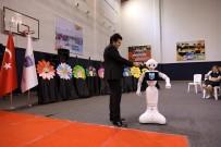 SOSYAL SORUMLULUK PROJESİ - Öğrencilerin Yaptığı Robotun 23 Nisan Mesajı Kutlamalara Damga Vurdu