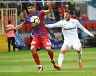 MURAT AKıN - Spor Toto Süper Lig Açıklaması Kardemir Karabükspor Açıklaması 1 - Bursaspor Açıklaması 2 (İlk Yarı)