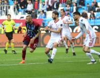 Spor Toto Süper Lig Açıklaması Trabzonspor Açıklaması 0 - Demir Grup Sivasspor Açıklaması 1 (İlk Yarı)