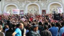 Tunuslu Taraftar Grubundan Protesto Yürüyüşü