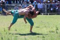 NURULLAH KAYA - Antalya'da Karakucak Güreşleri Sahile Taşındı