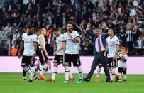 TOLGAY ARSLAN - Beşiktaş Tribünlerinden Şenol Güneş'e Sevgi Seli