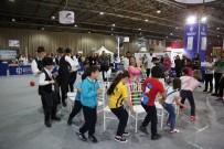 ÇOCUK OYUNLARI - Dünya Çocukları Geleneksel Türk Oyunları İle Eğleniyor