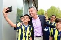 RAHMİ KOÇ MÜZESİ - Sadettin Saran, Fenerbahçe Forması Hediye Etti