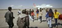 HAVAYOLU ŞİRKETİ - Şanlıurfalı Öğrencilerin Uçağa Binme Hayalini THY Gerçekleştirdi