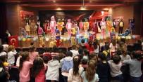 KIZ ÖĞRENCİLER - Silopi'de Liseli Kız Öğrencilerden, Minikleri Sevindiren Etkinlik