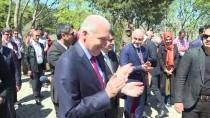 DOLMABAHÇE SARAYı - 81 İlden Çocuklar 15 Temmuz Şehitler Makamı'nı Ziyaret Etti