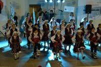 Biga'da Uluslararası Troya Çocuk Halk Dansları Festivali