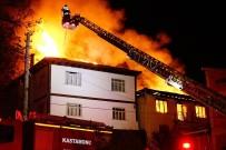 DOĞALGAZ PATLAMASI - Doğalgaz Patlaması Sonucu Çıkan Yangında 7 Ev Kullanılamaz Hale Geldi