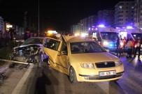ELEKTRİK DİREĞİ - Düğün Konvoyunda Zincirleme Trafik Kazası Açıklaması 22 Yaralı