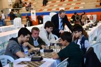İnegöl'de Satranç Turnuvası