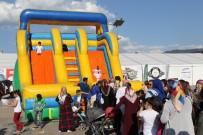 ULUSAL EGEMENLIK - Kent Meydanında Çocuklara Ücretsiz Oyun Şöleni
