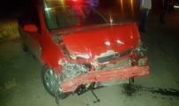 657 - Kula'da Trafik Kazası Açıklaması 3 Yaralı