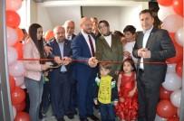 EĞLENCE MERKEZİ - Niksar Belediyesi Halka 'Eğlenceli' Hizmet Sundu