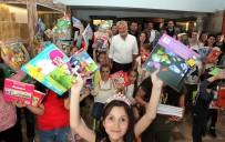 KARİKATÜRİST - Salih Memecan Oyuncak Müzesi'nde Antalyalı Çocuklarla Buluştu