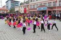 MUHAMMET FUAT TÜRKMAN - Şemdinli'de 23 Nisan Coşkusu