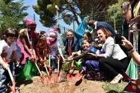 ÇOCUK MECLİSİ - Başkan Uysal, Çocuklarla Barış Ağacı Dikti