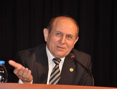 Burhan Kuzu, CHP'yi fena ti'ye aldı
