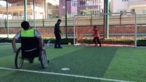 AMATÖR - Engelli Kalan Suriyeliler, Futbol İle Moral Buluyor