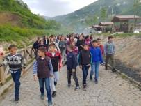 SOSYAL SORUMLULUK PROJESİ - Güroymak'tan Trabzon'a Dostluk Kervanı