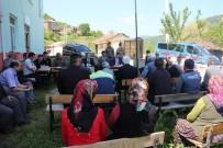 MUHAMMED İKBAL - Kaymakam Yelek Köylüleri Dinledi