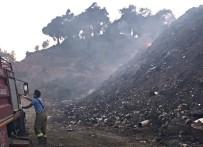 ZEYTINLIK - Ormanlık Alan Kurtarıldı, Çöplük İçin İçin Yanmaya Devam Ediyor