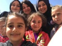 ŞEHİT ONBAŞI - Sağlık Hizmetleri MYO'dan 'Oyuncak Arkadaşım Projesi'Ne Destek