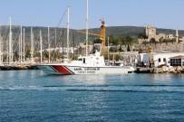 SAVUNMA SANAYİ MÜSTEŞARLIĞI - Yunanistan'a Kaçmak İsteyen FETÖ'cü Eski Hakimlerin De Bulunduğu Tekne Kayalıklara Çarptı