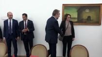 KALKINMA BANKASI - Başbakan Yardımcısı Şimşek, Aliya İzetbegovic'in Kabrini Ziyaret Etti