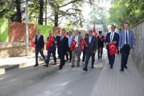 GAZİ YAKINLARI - Bursa'lı Gençler 57. Alay'a Vefa İçin Yürüdü