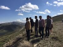 KIŞ TURİZMİ - Çaldıran Kayak Merkezine 5 Farklı Kayak Pisti Geliyor