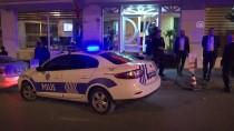AHMET EREN - Fatih'te Gaspçı Tarafından Bıçaklanan Kişi Öldü