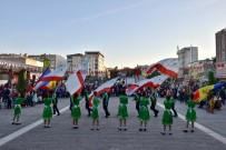 Mustafakemalpaşa'da 23 Nisan Kutlamaları Kıpçaklı Çocukların Gösterileriyle Renklendi