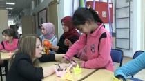 ATOM BOMBASı - Sığınmacı Çocuklar Turna Origamisine Barış Mesajı Yazdı