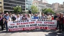 VERGİ MUAFİYETİ - Yunanistan'da Emekliler Kemer Sıkma Politikasına Karşı Yürüdü