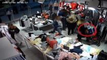 Zeytinburnu'nda Alışveriş Merkezine Dadanan Hırsızlar Kamerada