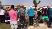 BELEDİYE ÇALIŞANI - GÜNCELLEME - Otomobil Refüjdeki İşçilere Çarptı Açıklaması 3 Ölü, 1 Yaralı