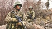 PKK TERÖR ÖRGÜTÜ - Hakkari'de çatışma: 3 terörist öldürüldü