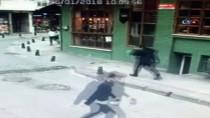 GÜRBULAK - Kadıköy'de Liseli Genç Kıza Yumruk Atan Saldırgan Hakkında Yakalama Kararı