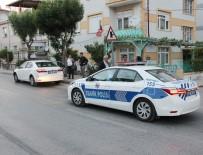 PİRİ REİS - Otomobilin Çarptığı Kız Çocuğu Yaralandı