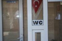 ESTONYA - Tuvalette Yerli Turiste 1 TL, Yabancı 2 TL Uygulamasına Tepki