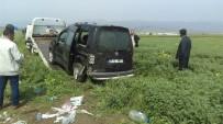 MAHMUT ARSLAN - Araç Buğday Tarlasına Uçtu Açıklaması 1 Yaralı