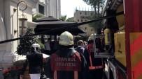 İTFAİYE ERİ - Eminönü'ndeki Otel Yangınında İtfaiye Zehirlendi