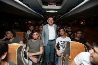 ÜNİVERSİTE SINAVI - Gençler İstanbul'a, 45 Yaş Üstü Vatandaşlar Çanakkale'ye Gitti