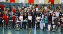 FATMA SEHER - İzmit'te Bisiklet Dağıtımları Devam Ediyor