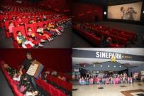 ÖĞRENCİ VELİSİ - Şehitkamil'deki Minikler Sinemada Buluştu