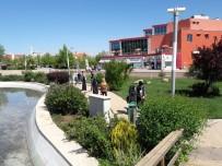 TÜRKÇE ÖĞRETMENI - Suriyeli Öğrenciler Adıyaman Üniversitesini Gezdi