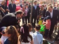 CÜNEYT YÜKSEL - Bakan Eroğlu Tekirdağ'da Miniklerle Ağaç Dikti