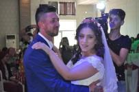 MESLEK LİSELERİ - Düğünlerini Ertelediler, Mutluluklarını Ertelemediler