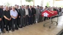 HUZURKENT - GÜNCELLEME - Mersin'de Otomobil Dereye Devrildi Açıklaması 1 Ölü, 1 Yaralı